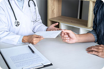 doctor consulting patient about medical marijuana